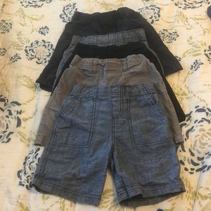 Five pairs of boys 5t shorts 4-circo 1- chld place
